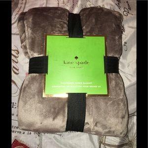 Kate Spade Full/Queen Blanket